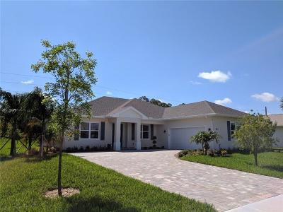 Sebastian Single Family Home For Sale: 912 Yearling Trail