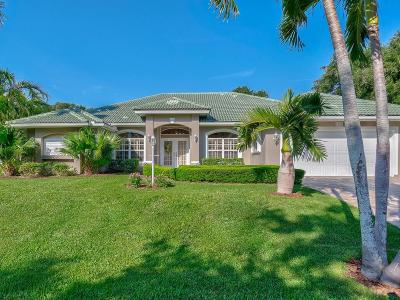 Castaway Cove Single Family Home For Sale: 1375 Admirals Walk
