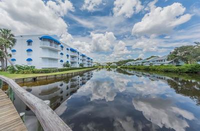 Sebastian Condo/Townhouse For Sale: 6126 River Run Drive #205B