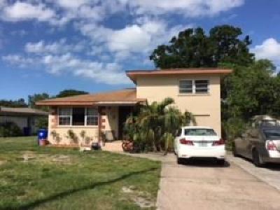 Vero Beach Single Family Home For Sale: 2440 De Soto Avenue