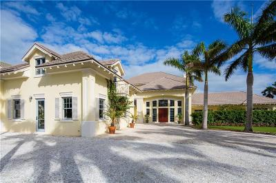 Vero Beach, Indian River Shores, Melbourne Beach, Sebastian, Palm Bay, Orchid Island, Micco, Indialantic, Satellite Beach Single Family Home For Sale: 716 Reef Road