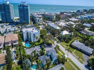 Vero Beach Condo/Townhouse For Sale: 3555 Ocean Drive #101