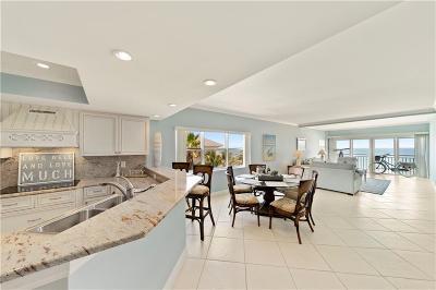 Vero Beach Condo/Townhouse For Sale: 1026 Flamevine Lane #401