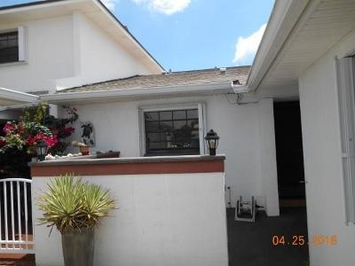 Melbourne, Melbourne Beach Single Family Home For Sale: 335 Paradise Boulevard #59