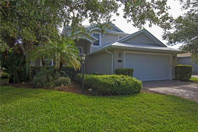 Vero Beach Single Family Home For Sale: 454 SW 11th