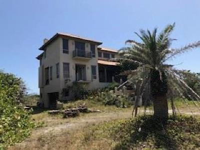 Vero Beach, Indian River Shores, Melbourne Beach, Sebastian, Palm Bay, Orchid Island, Micco, Indialantic, Satellite Beach Single Family Home For Sale: 8535 Highway A1a