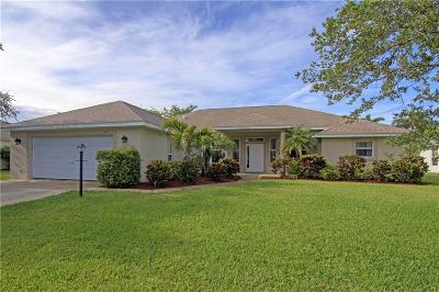 Vero Beach Single Family Home For Sale: 5027 5th Manor