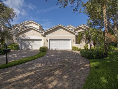 Vero Beach Single Family Home For Sale: 421 Peppertree Drive