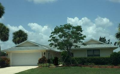 Vero Beach Single Family Home For Sale: 455 Forest Trail