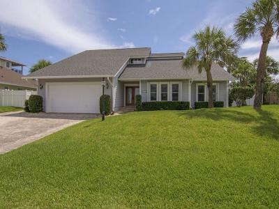Castaway Cove Single Family Home For Sale: 1120 Near Ocean Drive