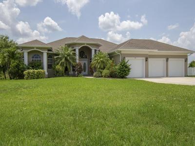 Sebastian Single Family Home For Sale: 726 Easy Street