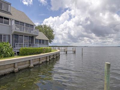 Vero Beach Condo/Townhouse For Sale: 301 Spyglass Lane #301B