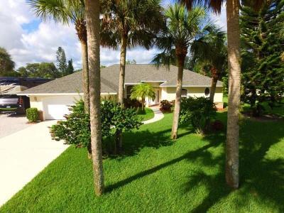 Sebastian Single Family Home For Sale: 902 Fleming Street