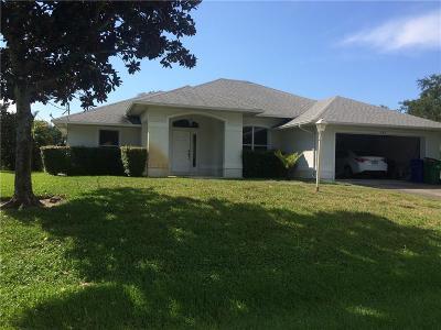Sebastian Single Family Home For Sale: 443 Joy Haven Drive