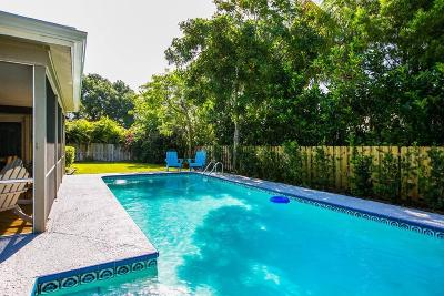 Castaway Cove Single Family Home For Sale: 1024 Orchid Oak Drive