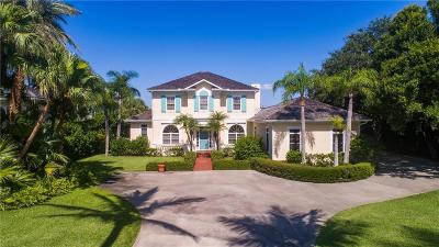 Vero Beach, Indian River Shores, Melbourne Beach, Sebastian, Palm Bay, Orchid Island, Micco, Indialantic, Satellite Beach Single Family Home For Sale: 231 Riverway Drive