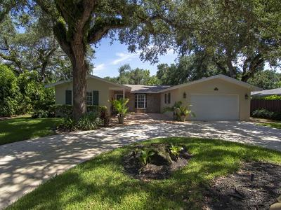 Vero Beach Single Family Home For Sale: 515 Holly Road