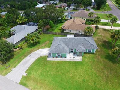 Sebastian Single Family Home For Sale: 794 Rolling Hill Drive