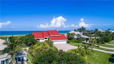 Castaway Cove Single Family Home For Sale: 1290 Olde Doubloon Drive
