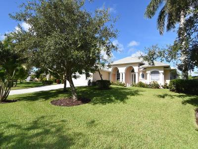 Vero Beach Single Family Home For Sale: 1055 Quail Ct SW