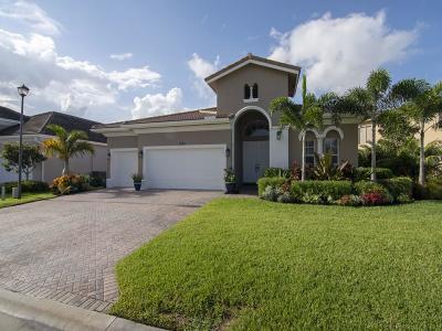 Vero Beach Single Family Home For Sale: 1745 Belmont Circle