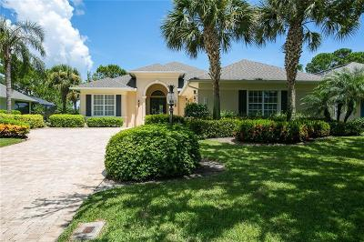 Vero Beach Single Family Home For Sale: 842 SW Carolina Circle