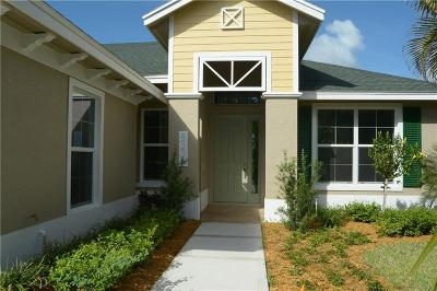 Vero Beach Single Family Home For Sale: 4335 Baseline Drive