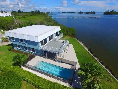 Sebastian Single Family Home For Sale: 6048 Island Harbor Road
