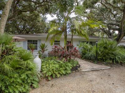 Vero Beach Multi Family Home For Sale: 912 Pirate Cove Lane