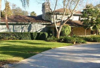 Vero Beach Single Family Home For Sale: 216 9th Court