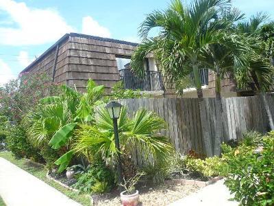 Vero Beach, Indian River Shores, Melbourne Beach, Melbourne, Sebastian, Palm Bay, Orchid Island, Micco, Indialantic, Satellite Beach Rental For Rent: 595 Tropic Lane #1c