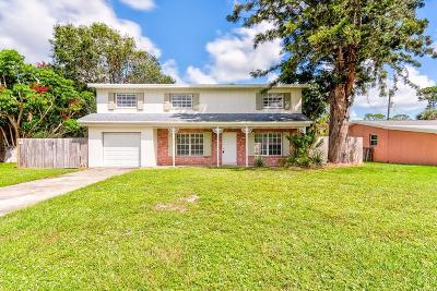 Vero Beach Single Family Home For Sale: 2454 SW 1st Place