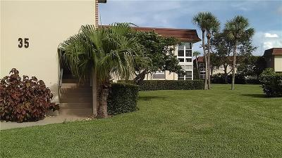Vero Beach Condo/Townhouse For Sale: 35 Vista Gardens Trail #207