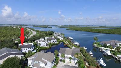 Hutchinson Island Single Family Home For Sale: 2460 Harbour Cove Drive