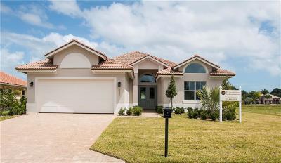 Vero Beach Single Family Home For Sale: 1090 Camelot Way