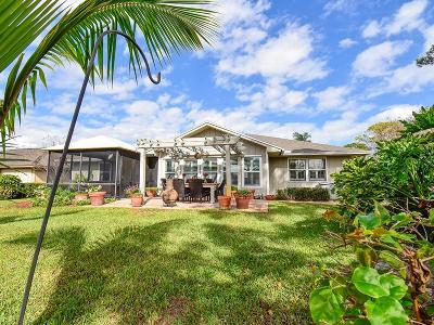Single Family Home For Sale: 795 Fox Run SW