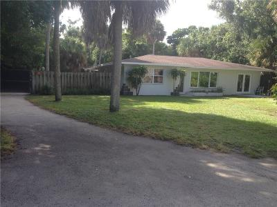 Vero Beach Single Family Home For Sale: 955 25th Street