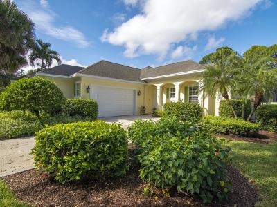 Vero Beach Single Family Home For Sale: 838 SW Carolina Circle