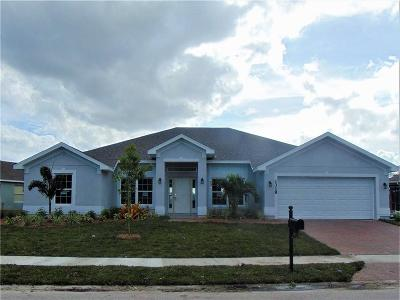 Vero Beach Single Family Home For Sale: 1318 Scarlet Oak