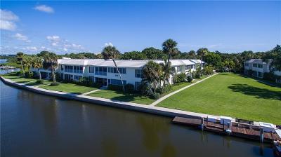 Vero Beach Condo/Townhouse For Sale: 550 Riomar Drive #26