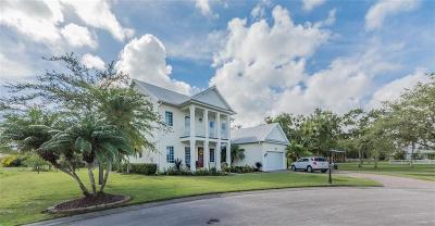 Vero Beach Single Family Home For Sale: 3920 Oak Hollow Avenue