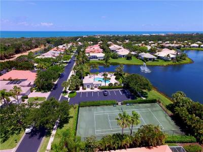 Island Club Of Vero Single Family Home For Sale: 951 Island Club