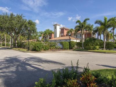 Vero Beach Condo/Townhouse For Sale: 5220 Harbor Village Drive #201