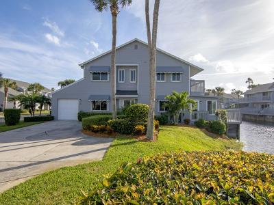 Hutchinson Island Condo/Townhouse For Sale: 4949 Hwy Highway A1a #64