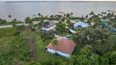 Sebastian Single Family Home For Sale: 14041 Indian River Drive