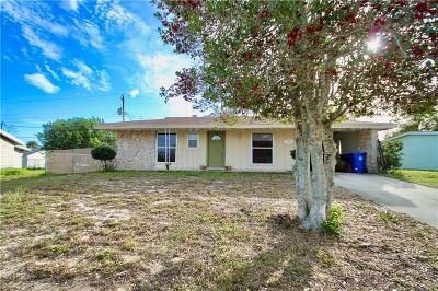 Sebastian Single Family Home For Sale: 739 Schumann Drive