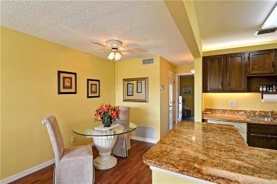 Vero Beach Condo/Townhouse For Sale: 92 Spring Lake Drive #204