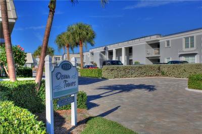 Vero Beach Condo/Townhouse For Sale: 2737 Ocean Drive #20B