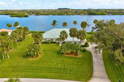 Vero Beach Single Family Home For Sale: 8560 Seacrest Drive