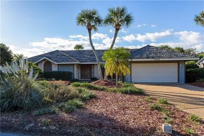 Vero Beach Single Family Home For Sale: 1921 Ocean Ridge Circle